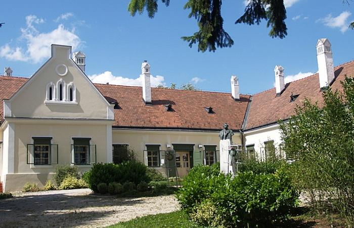 Deák Ferenc Mansion